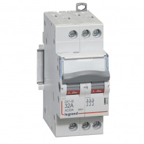 Interruptor seccionador DX³-IS 3P 400 V 32 A 2 módulos.LEGRAND 406459