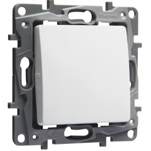 Legrand Niloe - Switch 1p 10a white LEGRAND NILOÉ 664701