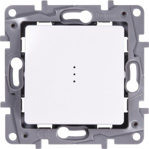 Legrand Niloe - Switch luminous 1p 10a LEGRAND NILOÉ 664710