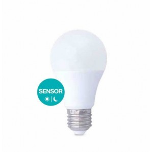 LED bulb 10W with sensor twilight E27 6000K